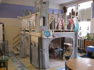 picture of a child's castle play structure